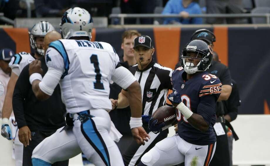 Former Raiders running back Latavius Murray helps lead Vikings past