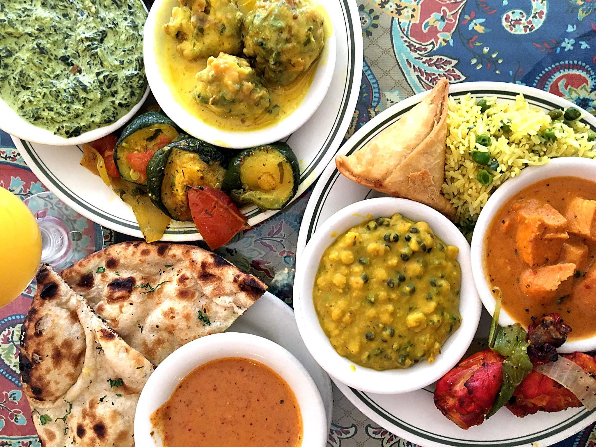 Cuisine India Review Simi S India Cuisine Makes All You Can Eat Look Good