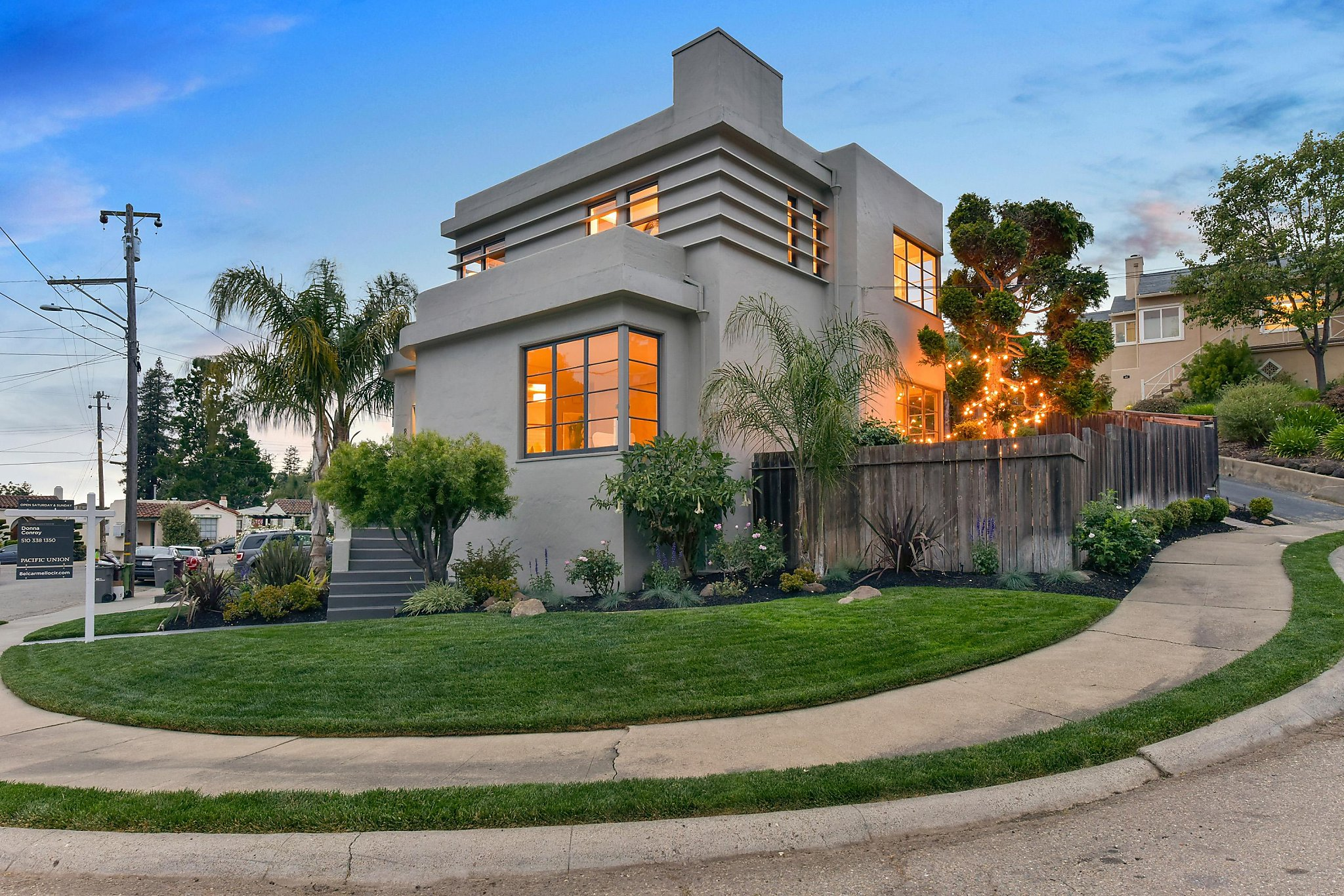 Art Deco Homes Art Deco Home Built In 1938 Open Sunday In Oakland Sfgate