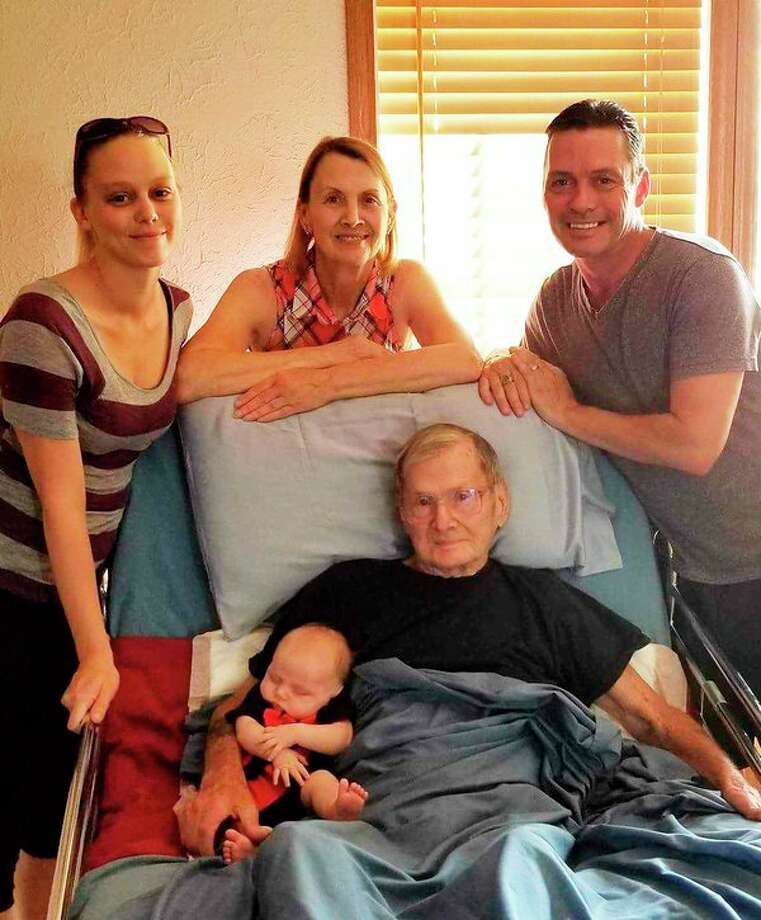 Osterhout 5 generations gather - Midland Daily News - 5 generations