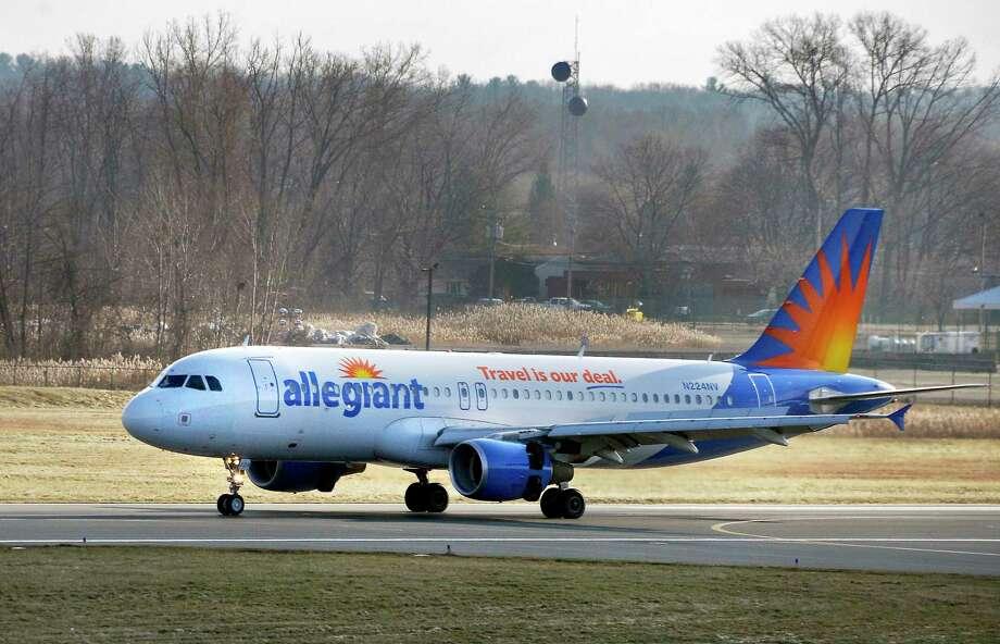 Photos Allegiant Air begins service - Times Union