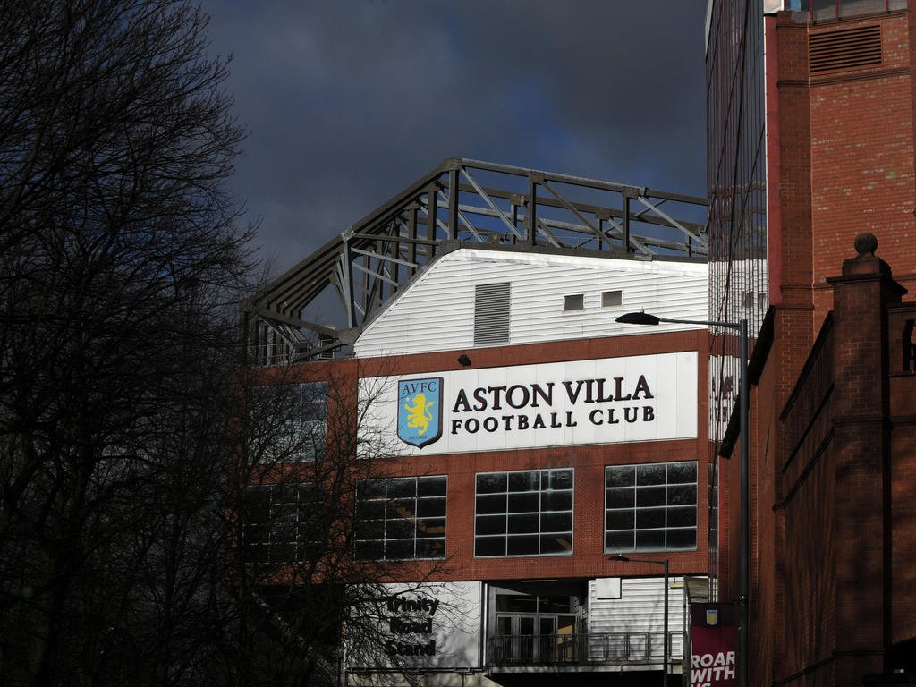 Preston Angleterre Championship Acutalités Aston Villa Promotion Hopes Dented By