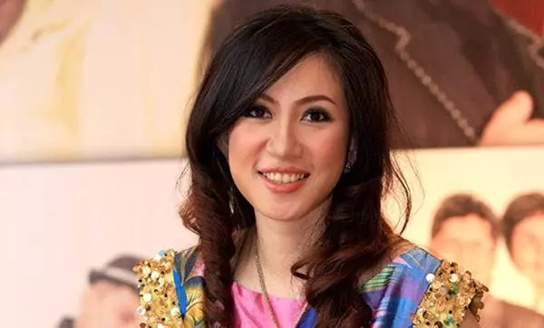 Foto Sonia Wibisono, Olivia Ong, Reisa Kartikasari, Nycta Gina, Mesty Ariotedjo Dokter Cantik Kebanggaan Indonesia