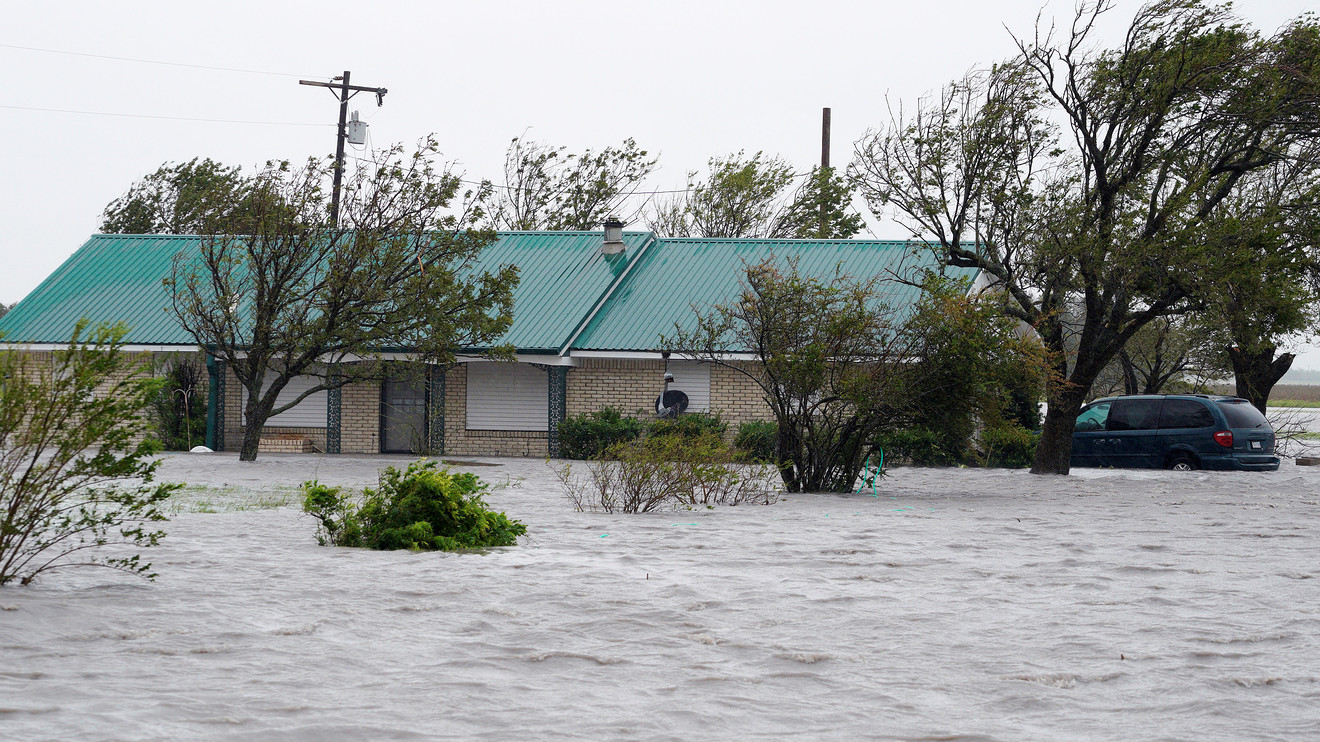 Tivoli Tx Flooding Hurricane Harvey Could Cost Billions In Property Damage