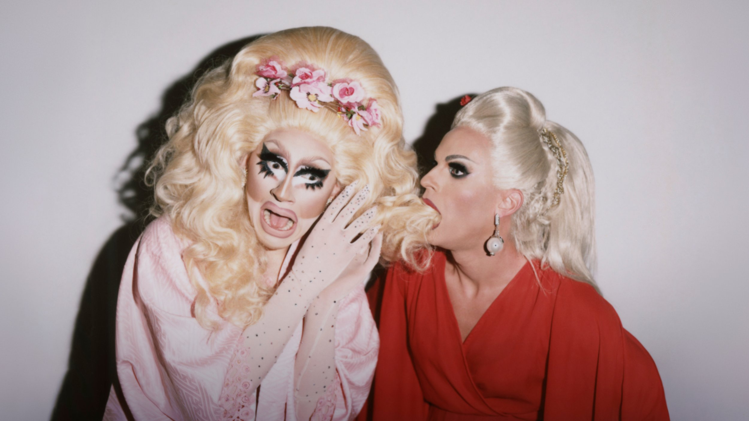Cute Barbie Hd Wallpapers Rupaul S Drag Race Stars Trixie And Katya Talk Viceland