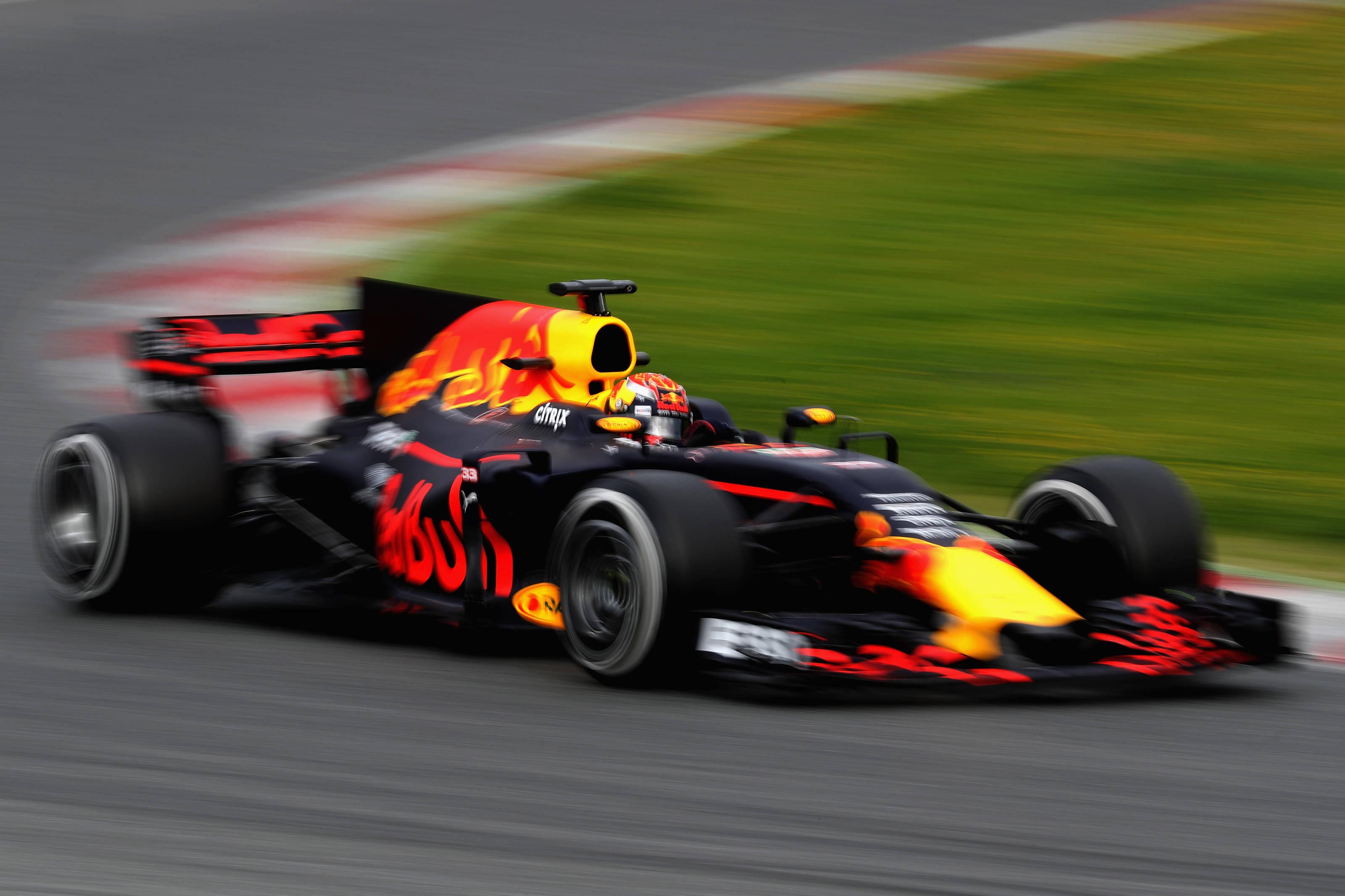 Airbus Iphone Wallpaper Zien Max Verstappen Racet Eerste Rondjes In De Red Bull