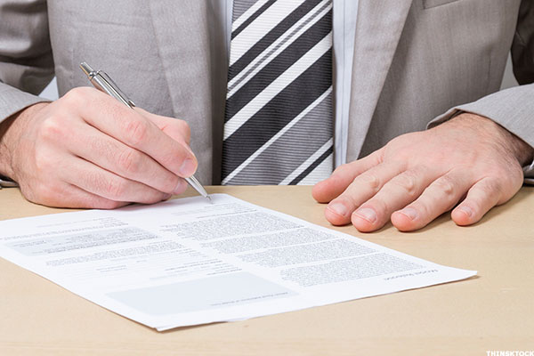 5 Cover Letter Mistakes You Need to Avoid - TheStreet