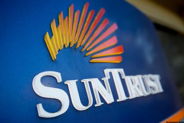 SunTrust Bank Fined by Fed Over Flood Insurance Act - TheStreet