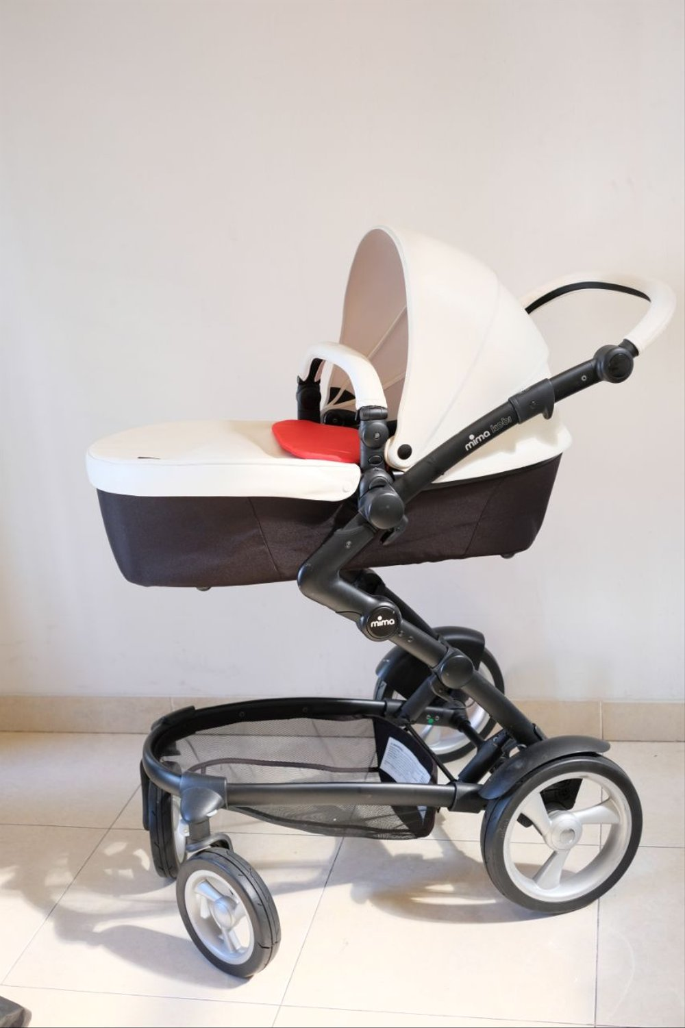 Mima Xari Stroller Harga Stroller Mima Kobi White Leather With Red Memory Foam