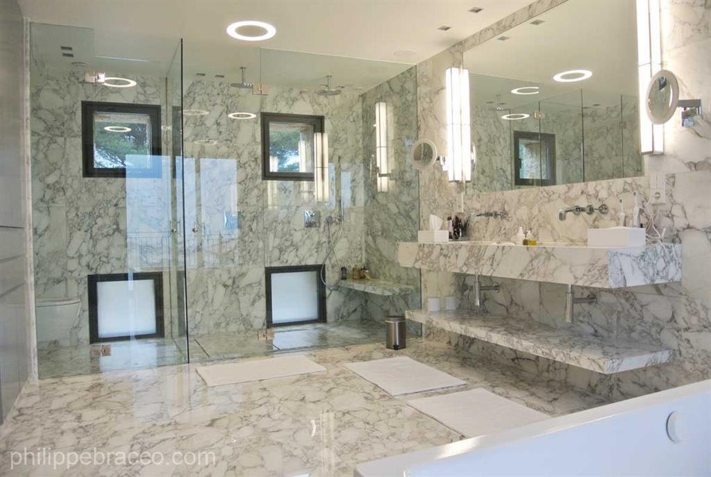 Salle de bain et marbre blanc Prestige Architecture