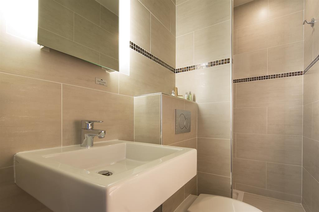 interieur-maison-bois-contemporaine-vue-face будинок мрii Pinterest - salle de bains beige