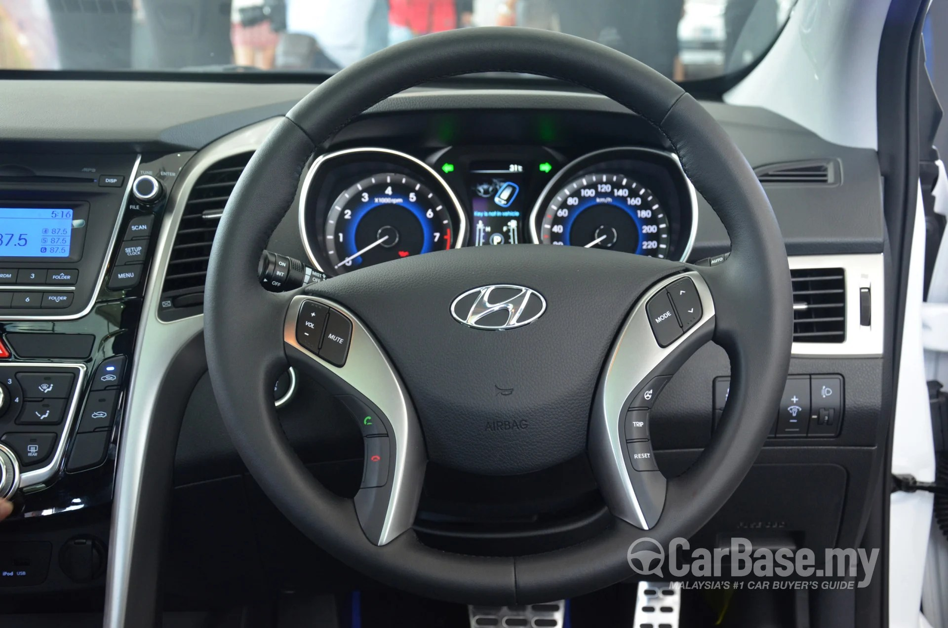 Hyundai I30 Wagon Interieur Hyundai I30 Gd 2014 Interior Image In Malaysia Reviews Specs