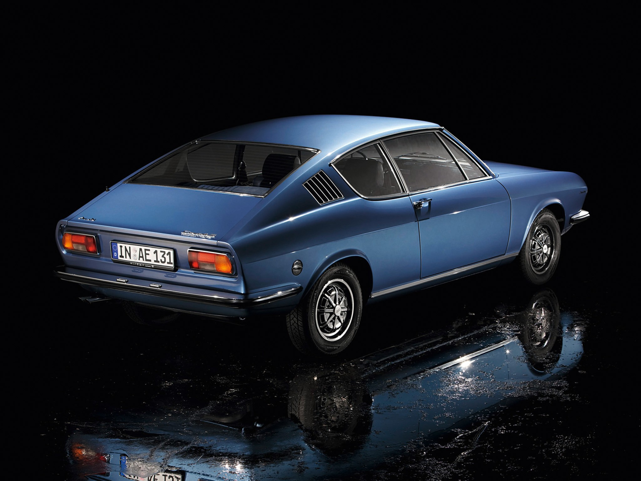 Slammed Car Wallpaper Audi 100 Coupe S Specs Amp Photos 1970 1971 1972 1973