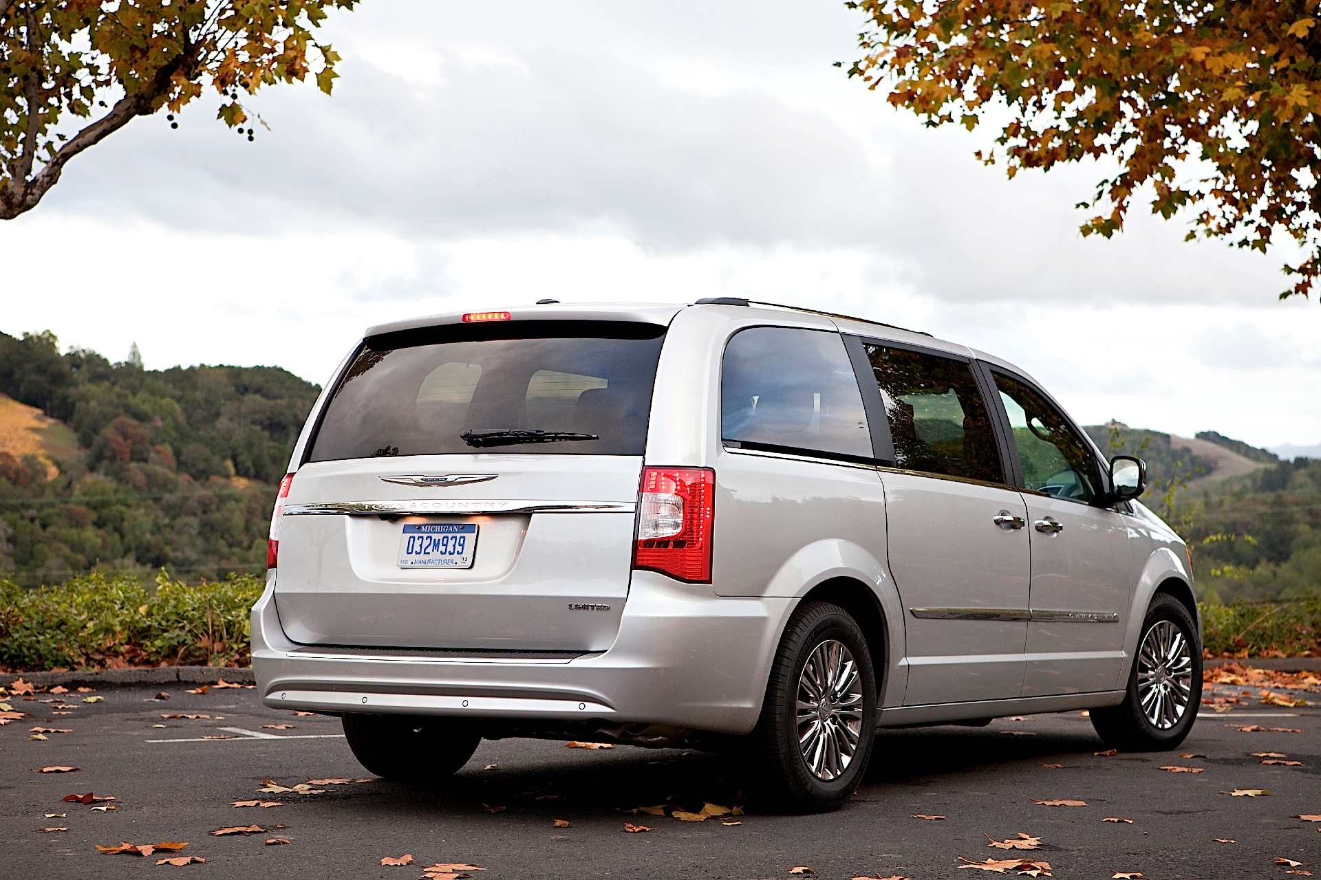 chrysler town and country 3 8 2009