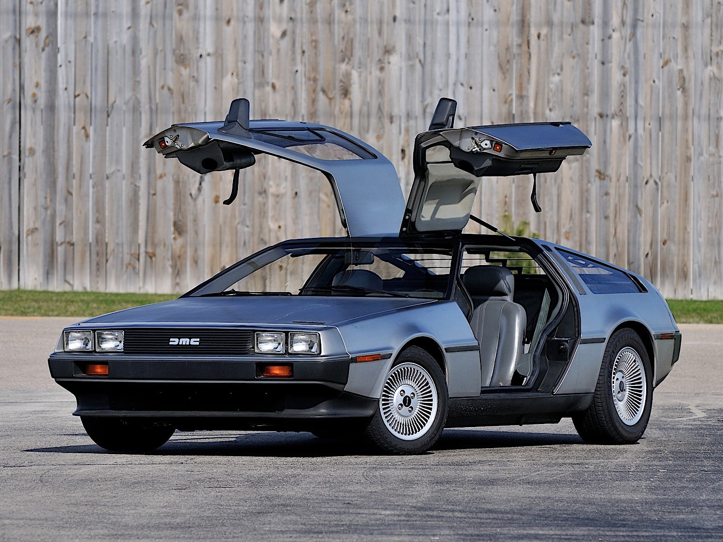 Fast And Furious 5 Cars Hd Wallpapers Delorean Dmc 12 Specs Amp Photos 1981 1982 1983