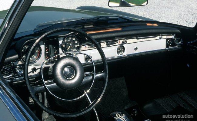 bentley-logo Acura Coupes