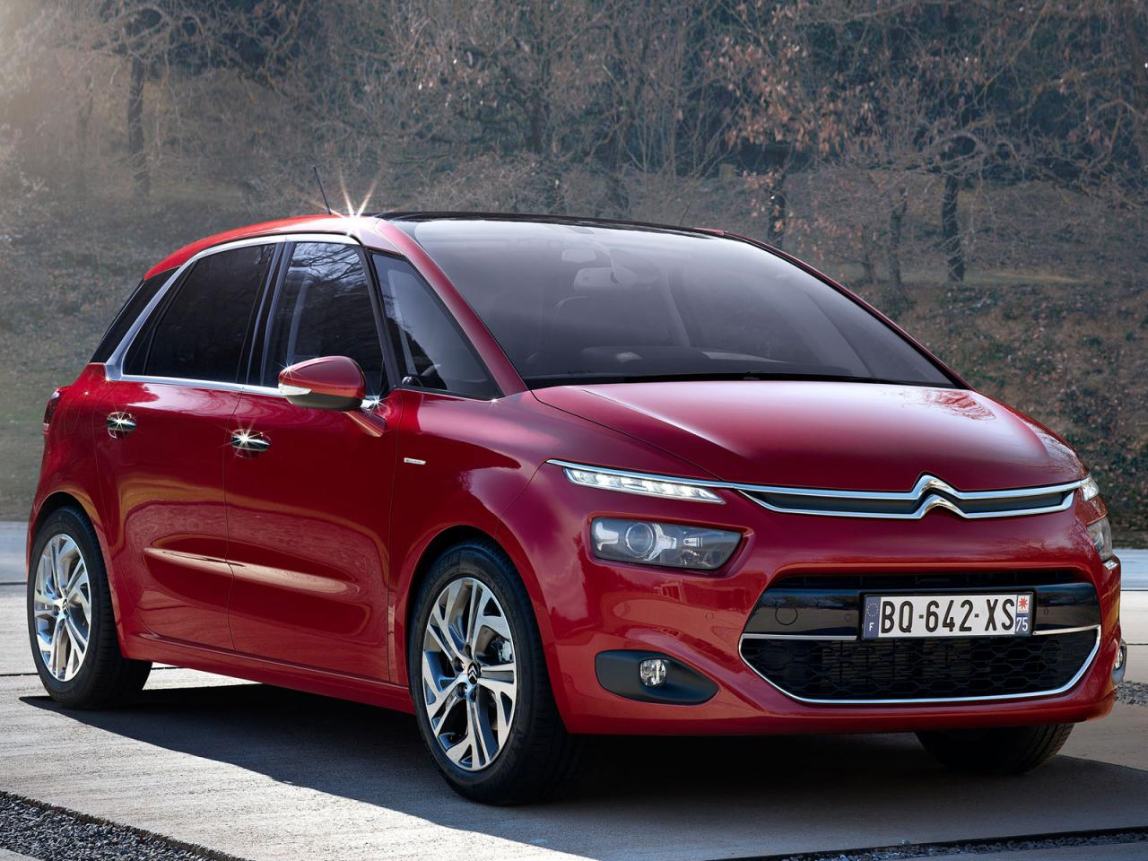 Citroen C4 2013 2013 Citroen C4 Picasso First Official Photos Leaked