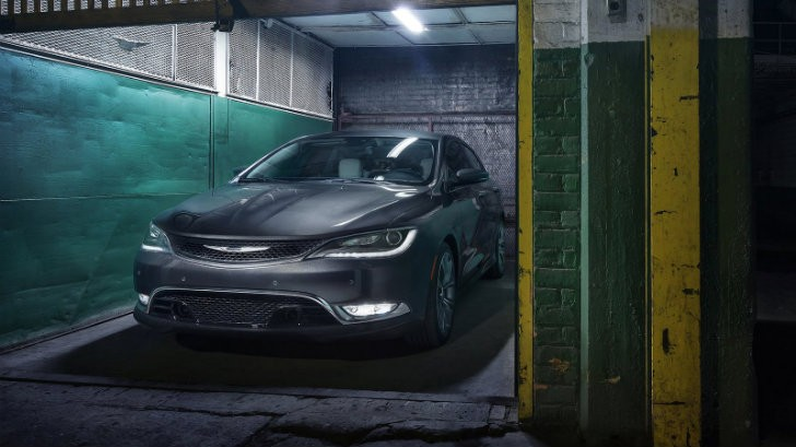 2015 Chrysler 200 Called In Over Faulty Wiring Harnesses - autoevolution