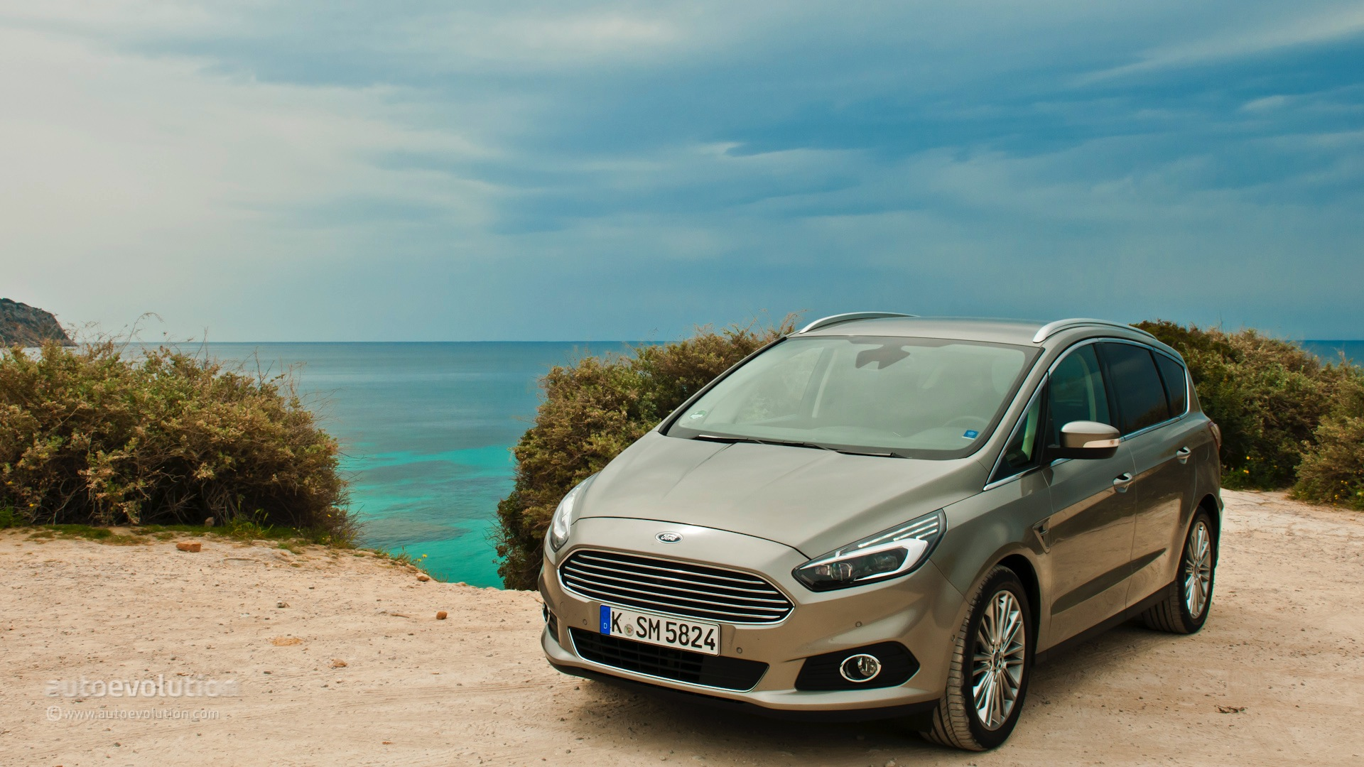 Car Throttle Wallpaper 2015 Ford S Max Hd Wallpapers Colourful Personality