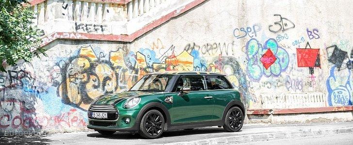 Bmw Cars Wallpapers Hd 2014 2015 Mini Cooper Hd Wallpapers British Racing Green Goes