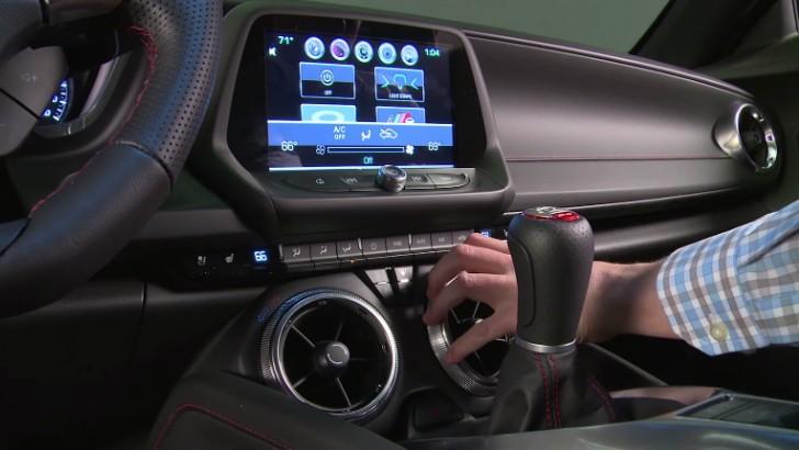 Gmc Sierra Iphone Wallpaper 2016 Chevrolet Camaro Interior Detailed Autoevolution