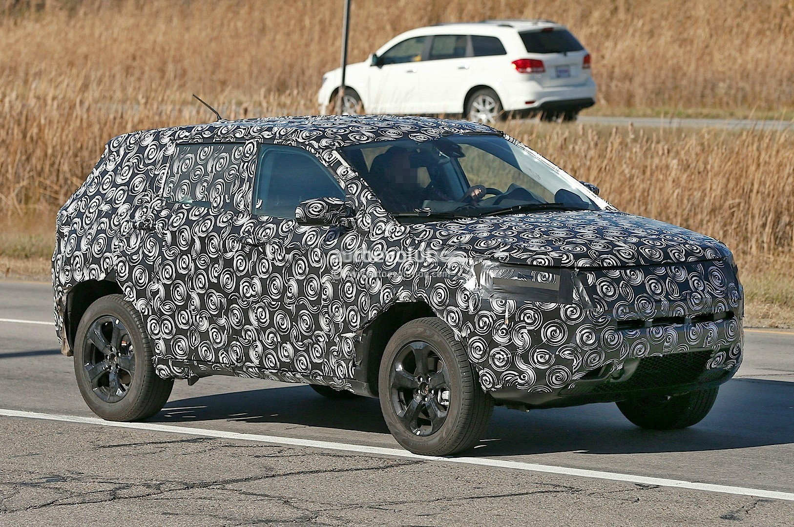 Cuv Car 2017 Jeep Compact Cuv Spied To Replace Both Patriot And Compass