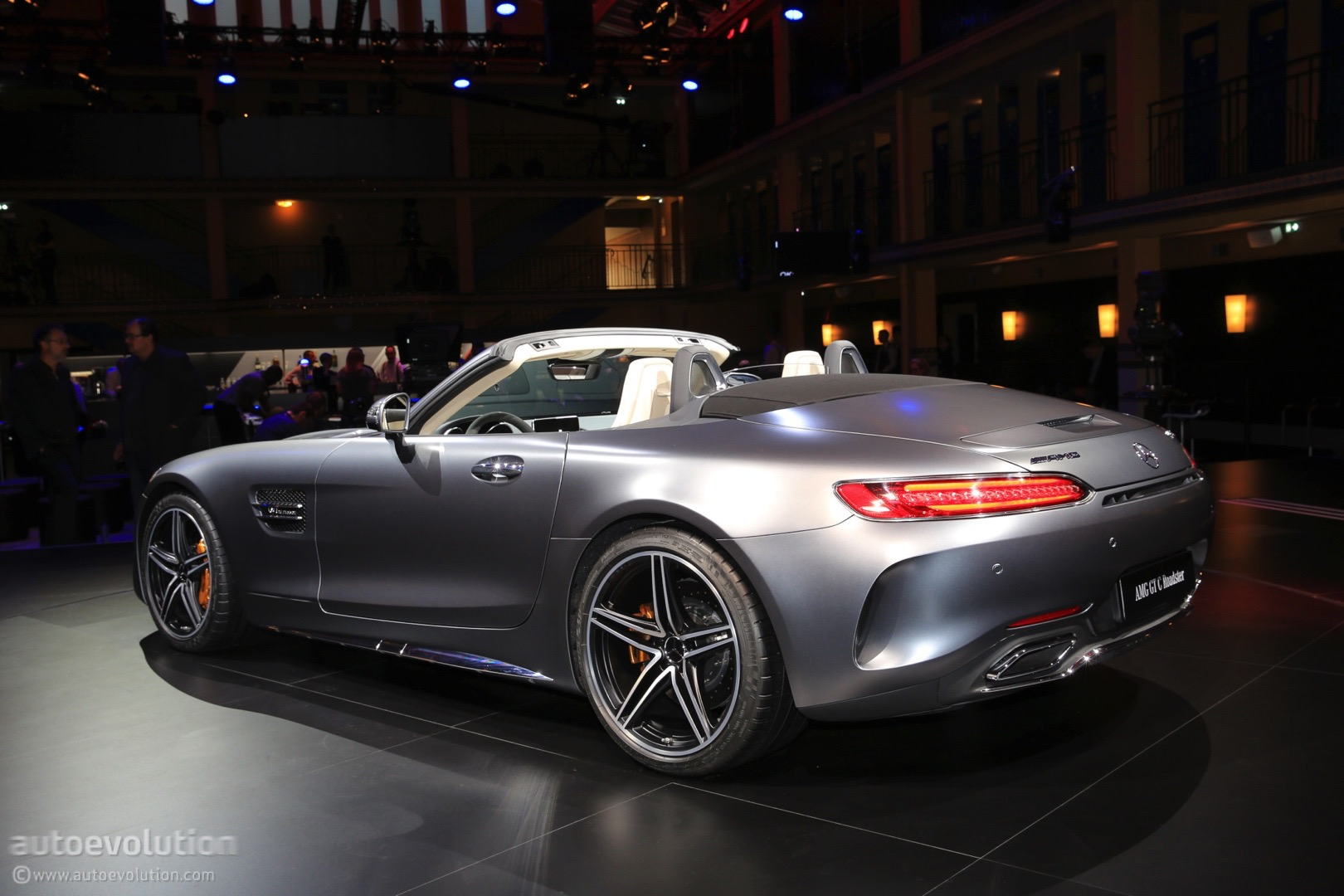 Mercedes Amg Gt C Roadster 2017 2017 Mercedes Amg Gt C Roadster Shows Up Topless In Paris