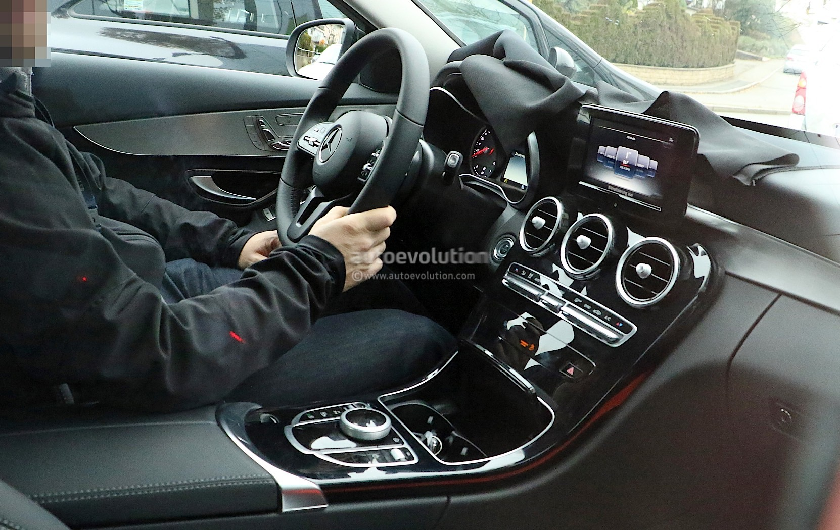 A Class 2018 Interior 2018 Mercedes Benz C Class Facelift Shows Interior For The