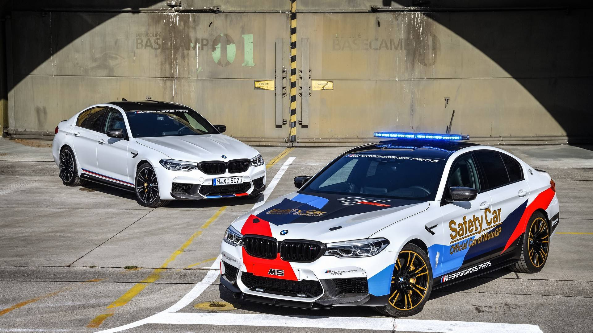 Prix M2 Le Mans Bmw F90 M5 Chosen As 2018 Motogp Safety Car Previews M5 M