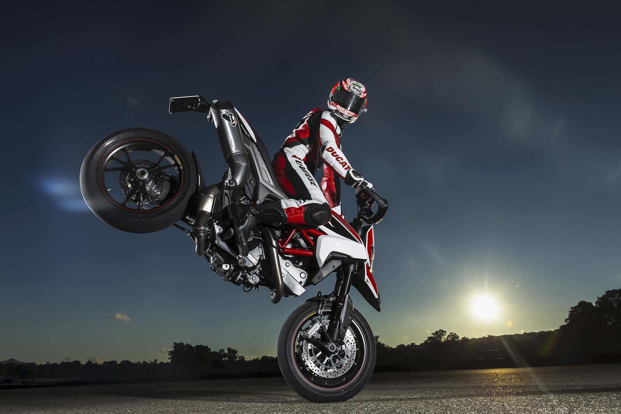 Reef Girl Wallpaper 2013 Ducati Hypermotard Official Pictures Show An Awesome