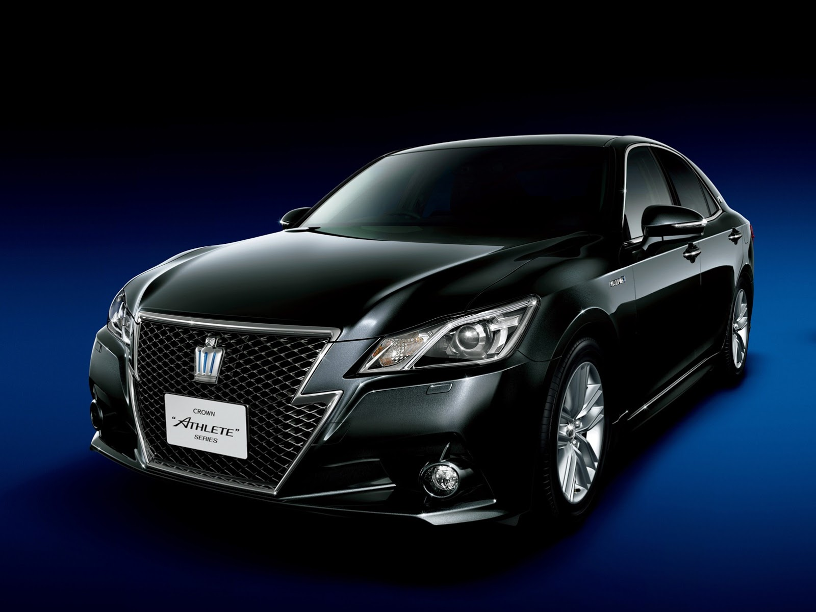 Future Cars 2018 Wallpapers 2013 Toyota Crown Royal And Athlete Revealed Autoevolution