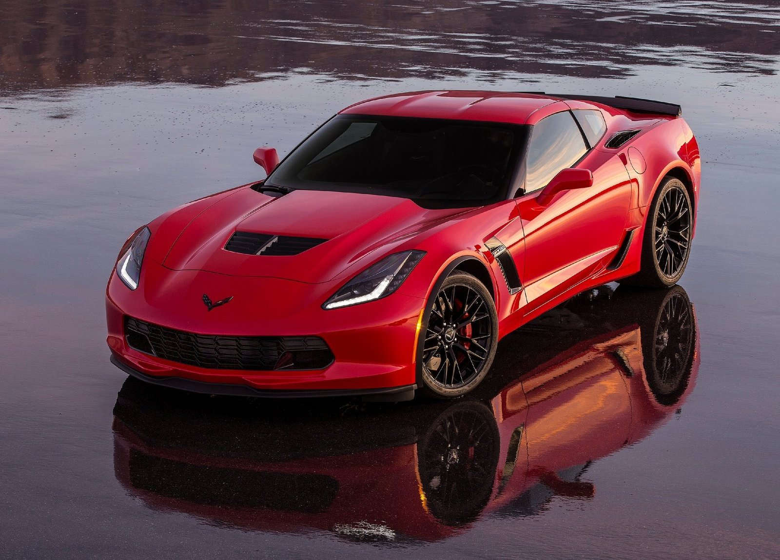 Hd Wallpaper 1970 Chevelle Car First Production 2015 Corvette Z06 Auctioned For Charity