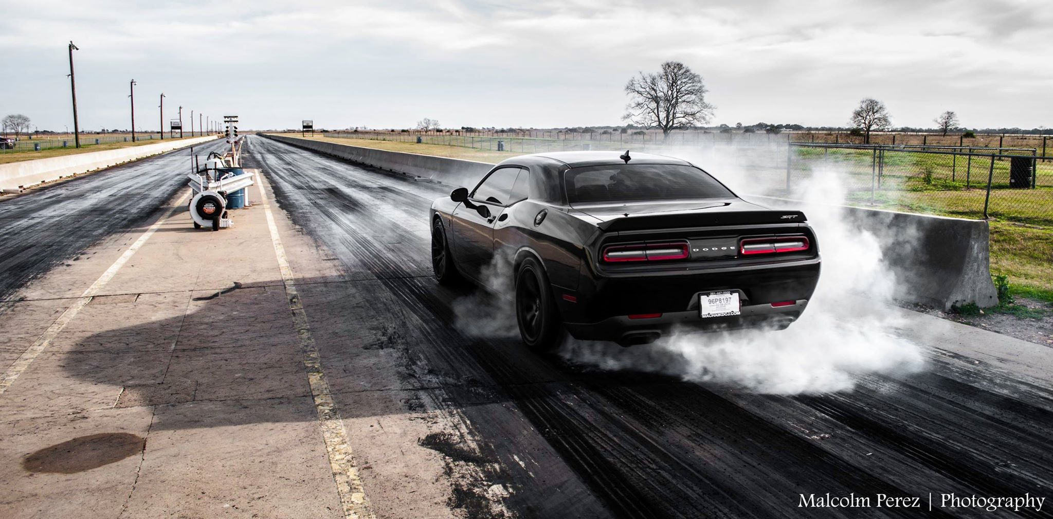 Muscle Cars Burnout Wallpapers 2015 Corvette Z06 Races Challenger Hellcat Viper And