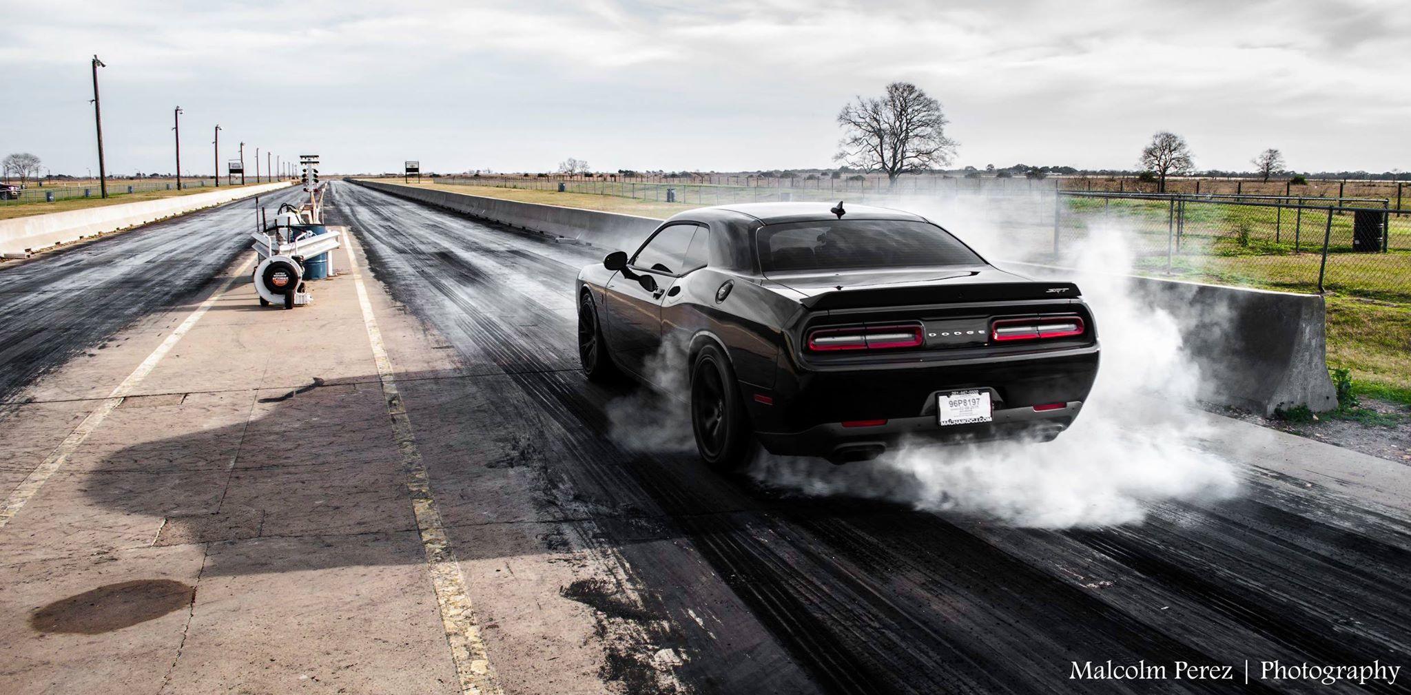 Best Car Drifting Wallpapers 2015 Corvette Z06 Races Challenger Hellcat Viper And