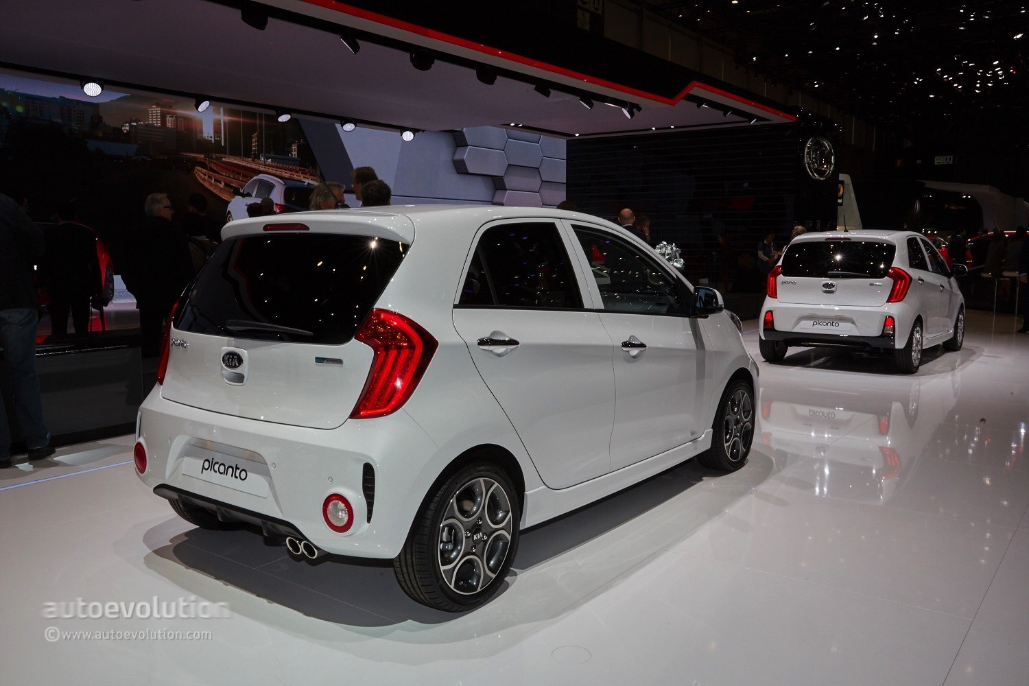 Car Transformer Live Wallpaper 2015 Kia Picanto Facelift Arrived In Geneva With A Fixed