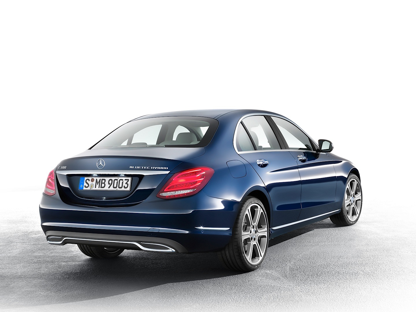 New C Class 2015 Mercedes Benz C Class W205 Officially Unveiled
