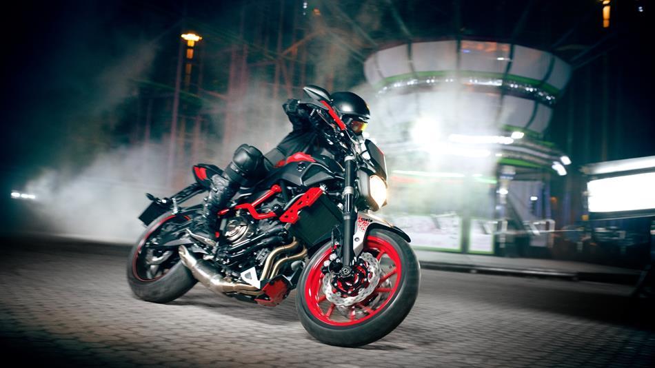 Infiniti Car Logo Wallpaper 2015 Yamaha Mt 07 Moto Cage Ready For Stunts Cool Price