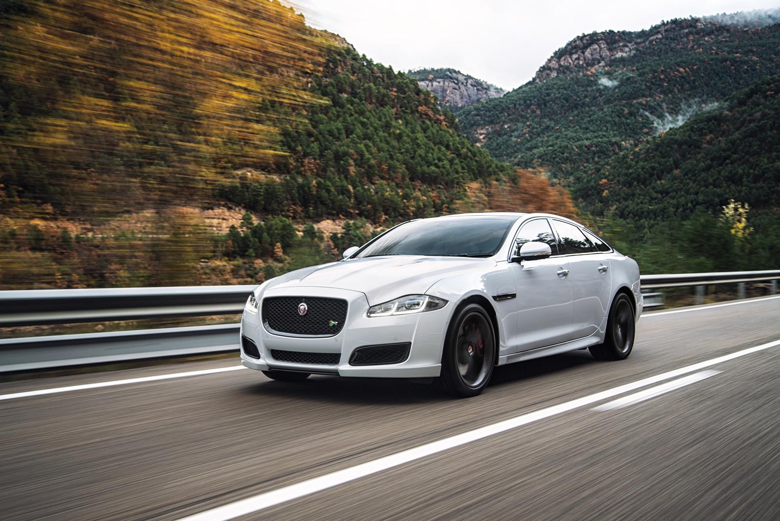 Jaguar Xj Autobiography 2016 Jaguar Xj Facelift Revealed R Sport And