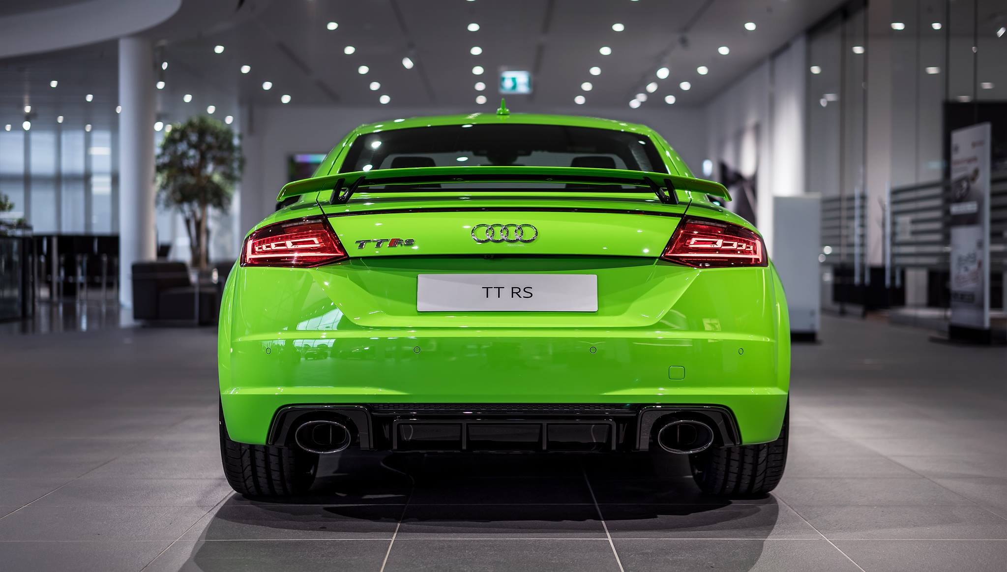 Car Tuning Wallpaper Hd 2017 Audi Tt Rs In Lime Green Looks Like A Tiny Exotic Car