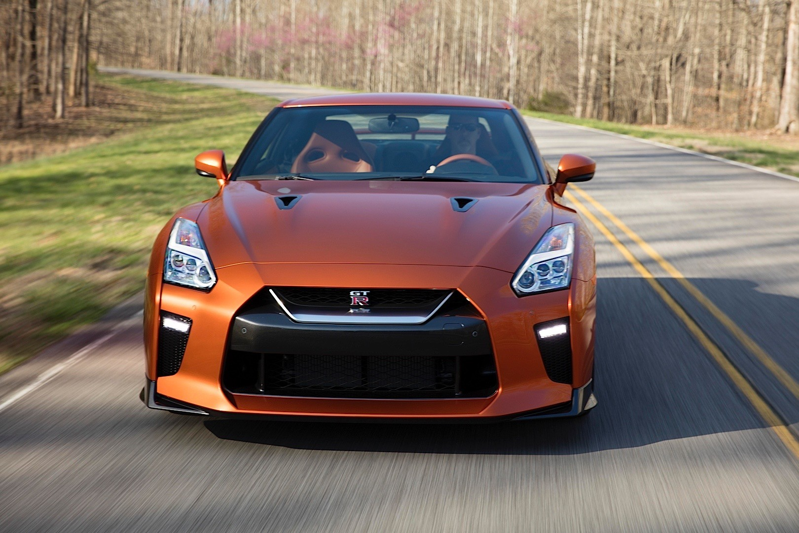 Tanner Fox Car Wallpaper Update 2017 Nissan Gt R Is The Final Model Year For The