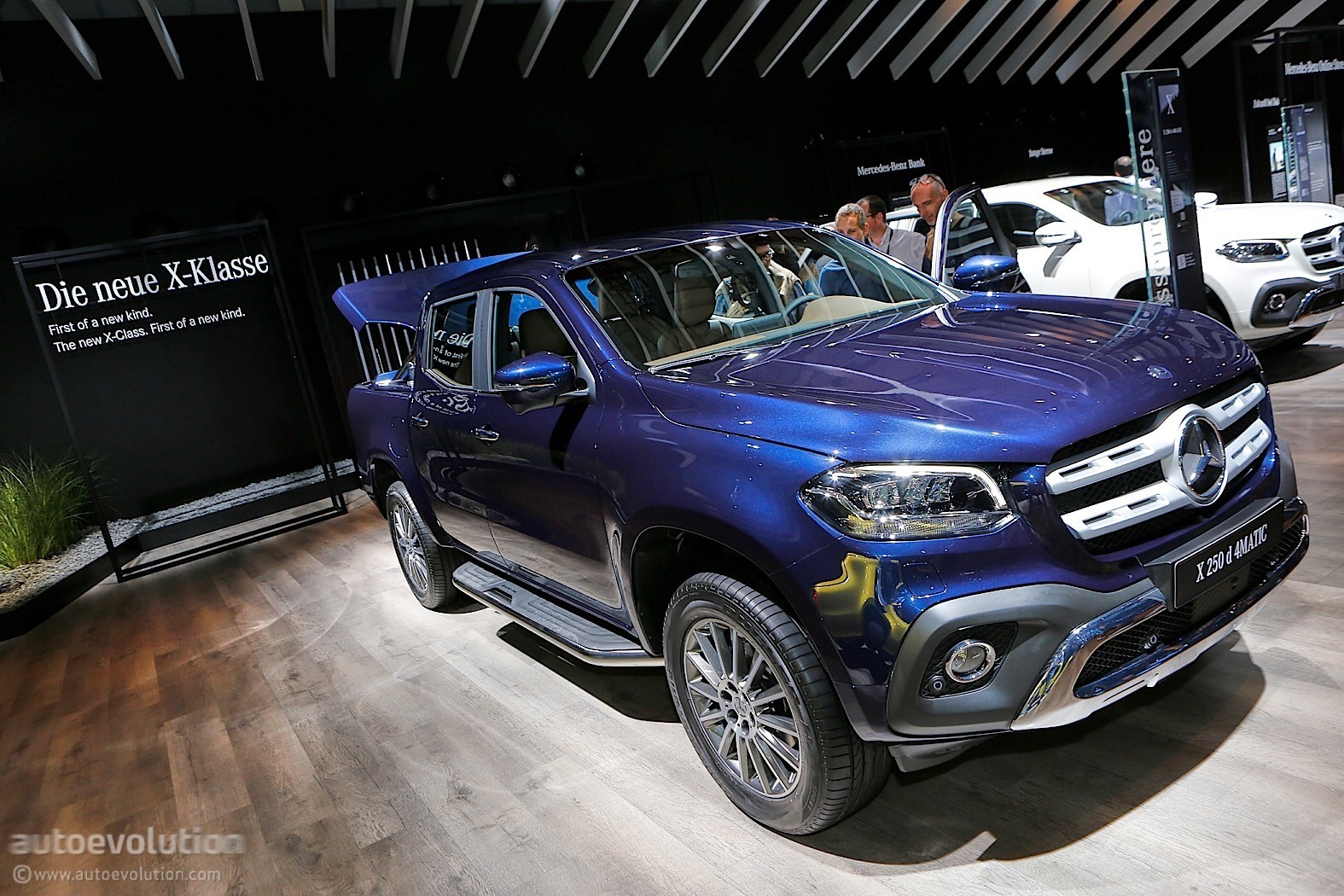 Mb X? S? 2018 Mercedes Benz X Class Is Like A Caveman In An