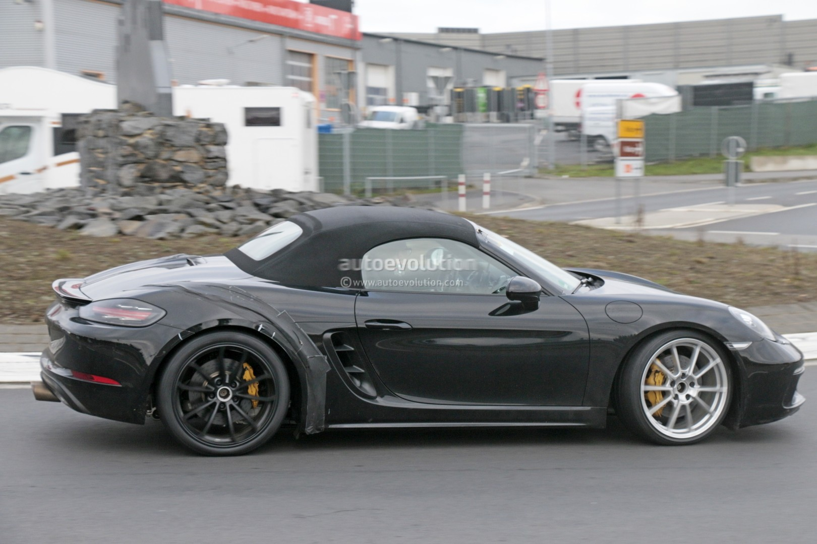 Be Turbo 2018 Porsche 718 Boxster Gts Makes Spyshot Debut To Be A