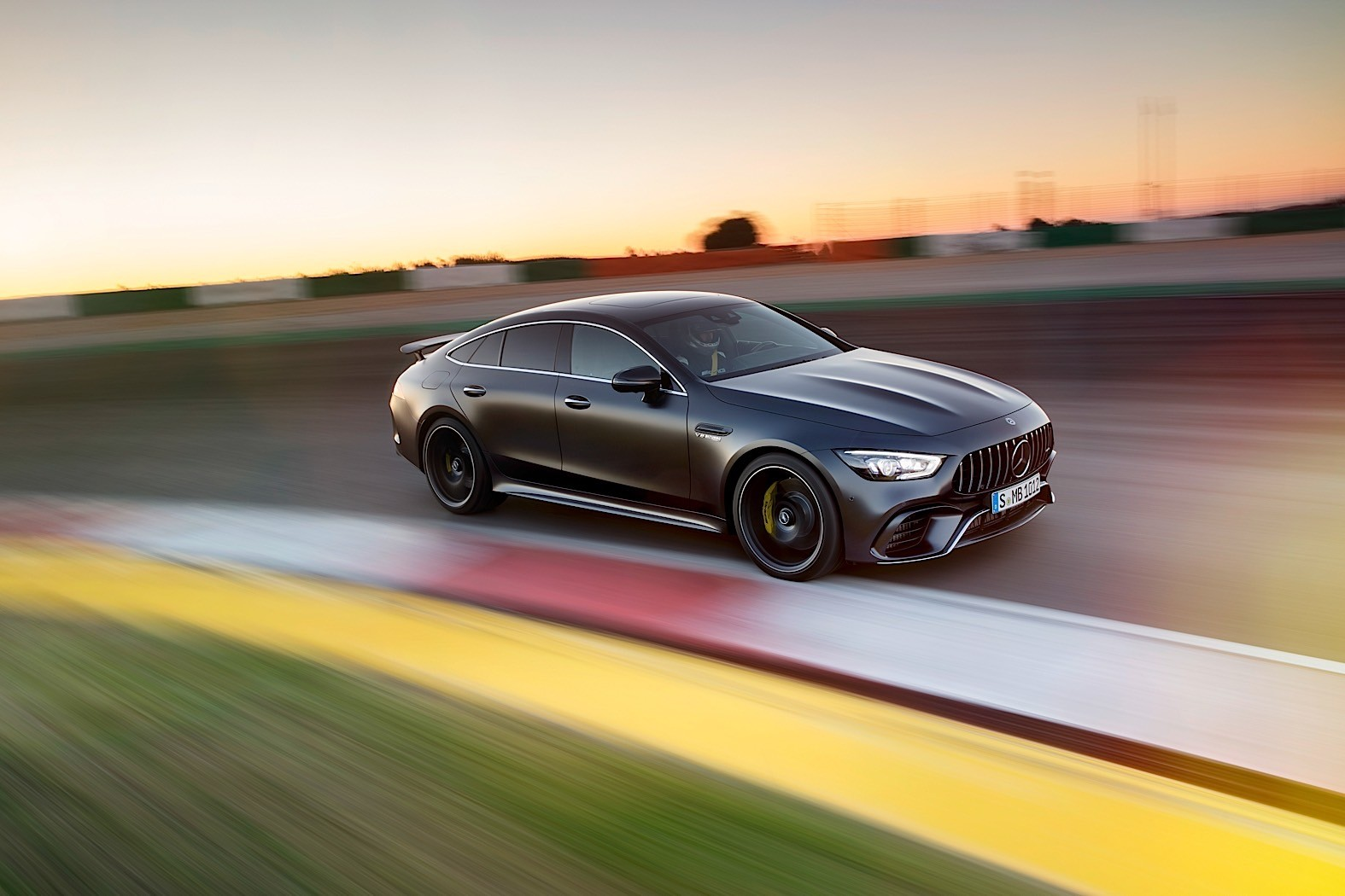 Amg Gt 2019 Mercedes Amg Gt 4 Door Coupe Goes Live In Geneva
