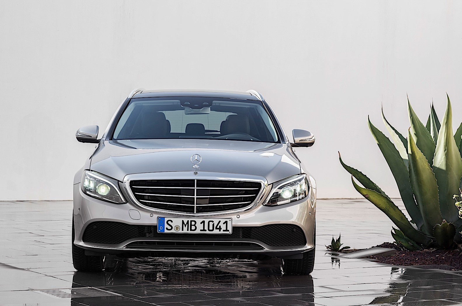 New C Class 2019 Mercedes Benz C Class Sedan And Wagon Details And