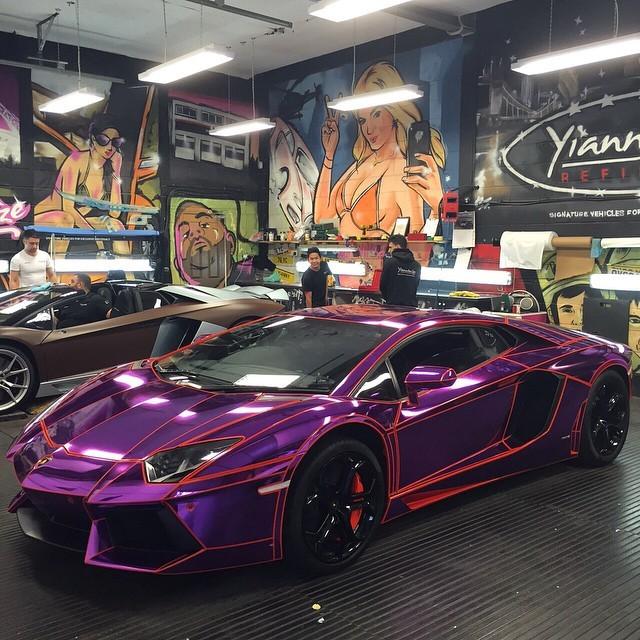 Gini Car Wallpaper 21 Year Old Youtuber S Lamborghini Aventador Gets Tron
