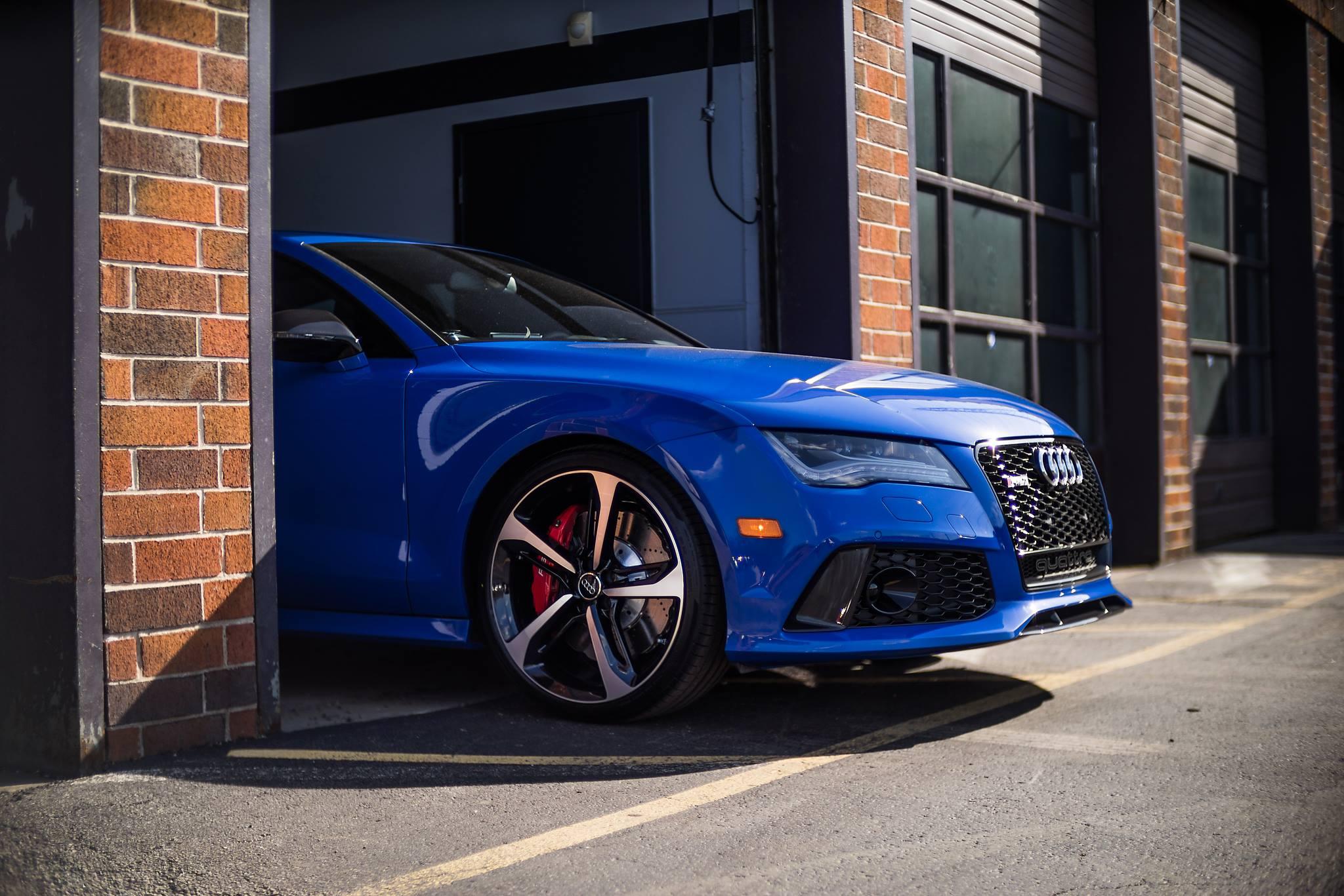 Motorcycle Car Wallpaper Audi Rs7 Triplets Nagoro Blue Estoril Blue And Sepang