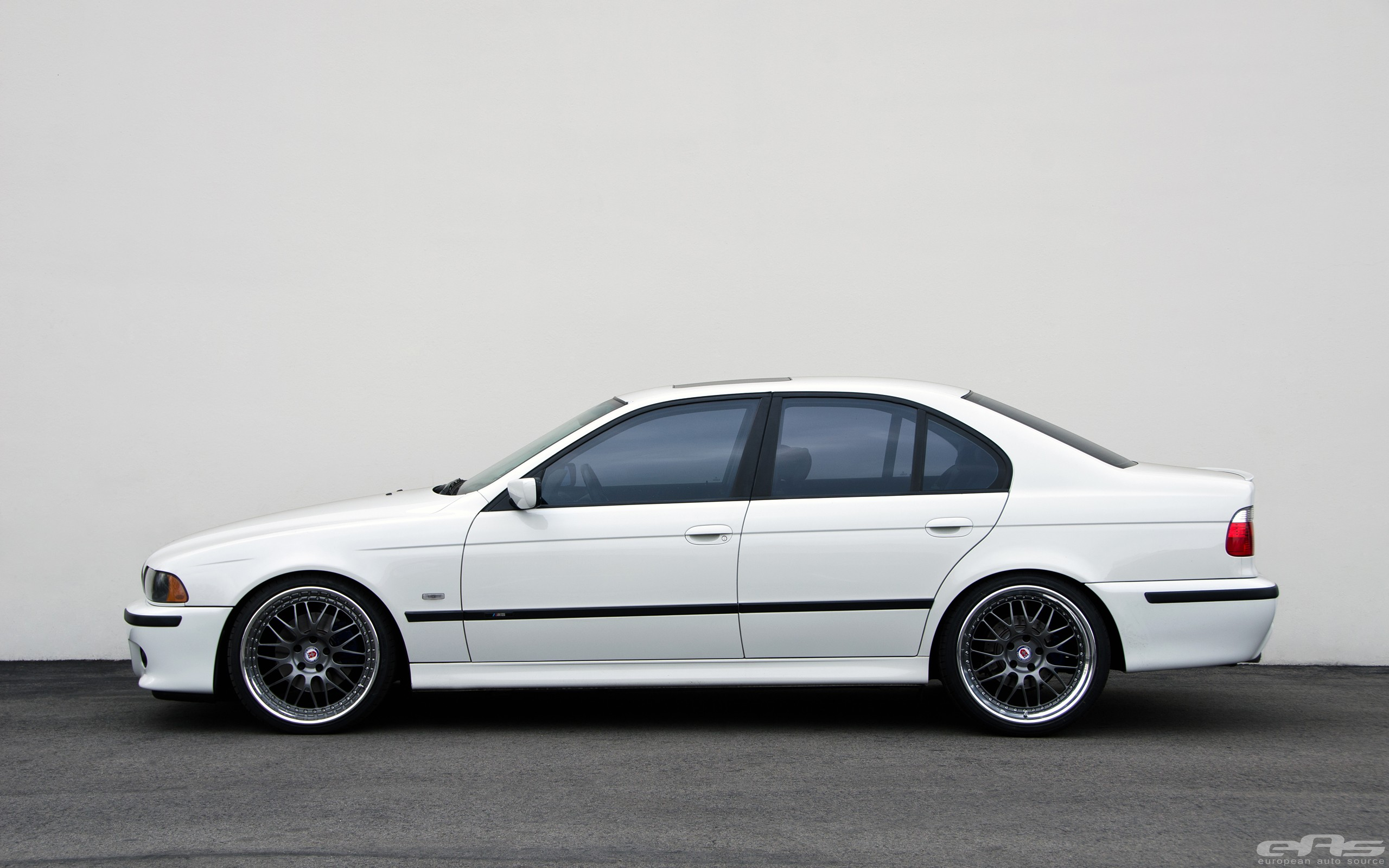 Ford Truck Hd Wallpaper Bmw E39 530i Gets Lower At Eas Still Looks Good