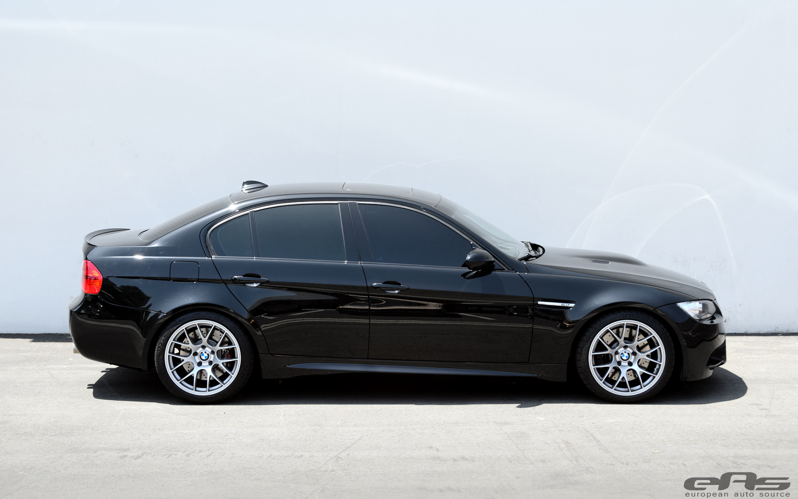 Bmw M5 Girl Wallpaper Eas Fits Jet Black Bmw E90 M3 With Apex Wheels Autoevolution