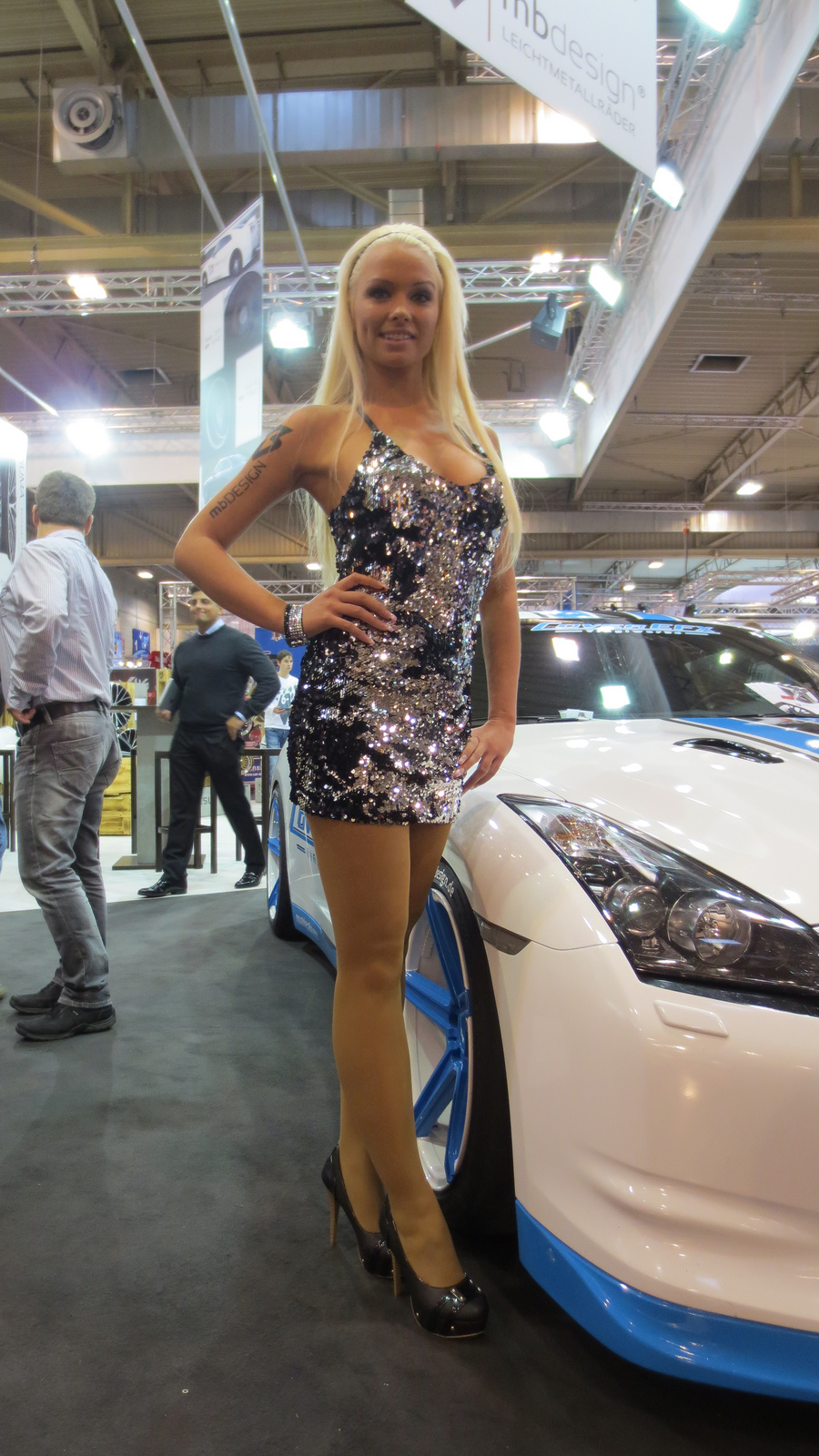 Auto Kia Girls At Essen Motor Show 2012 - Autoevolution