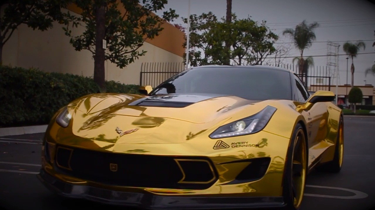 Engine Live 3d Wallpaper Gold Chrome Wrapped Corvette Is As Flashy As They Come